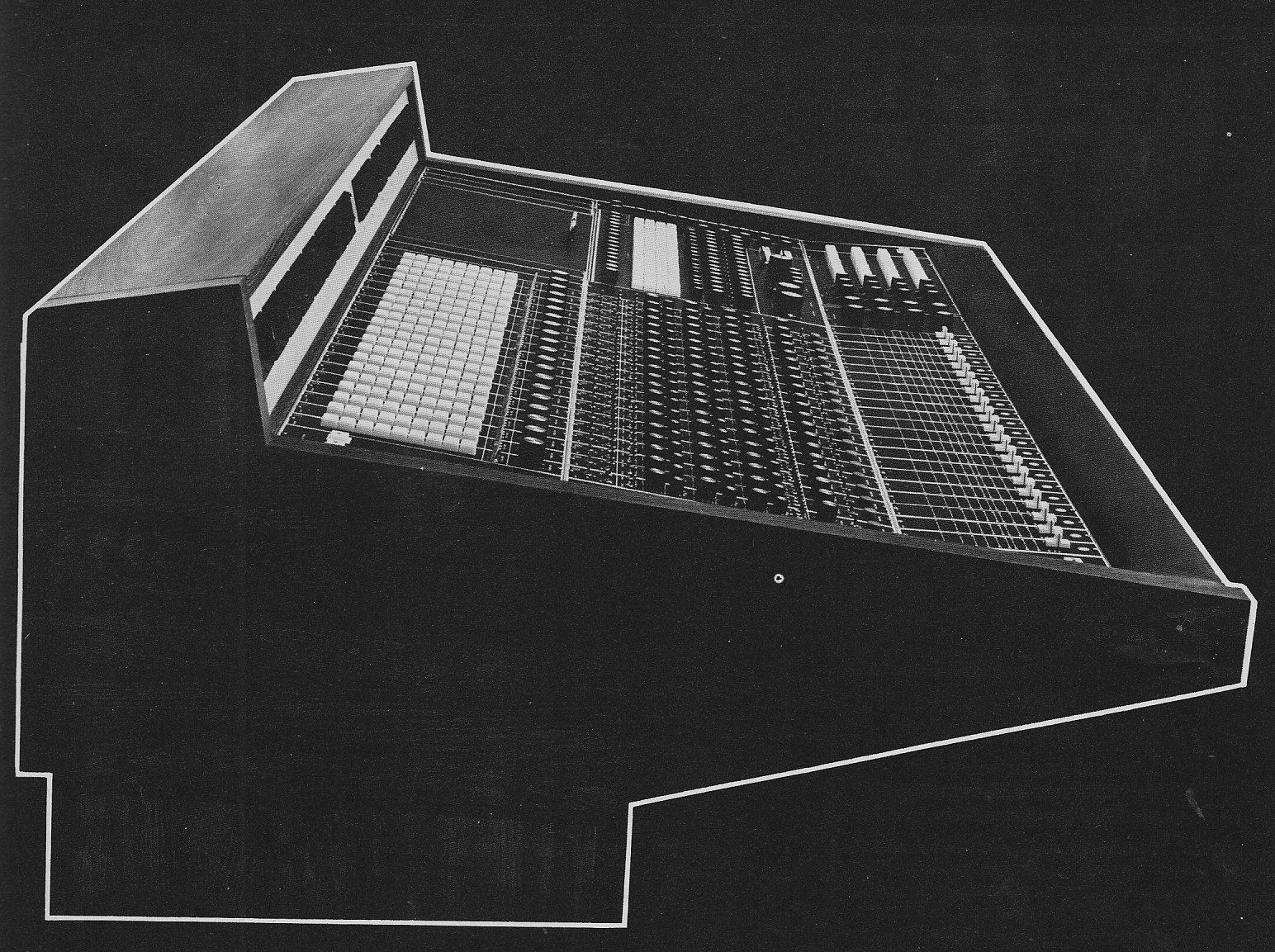 Spectra_Sonics_1020_Console_1972